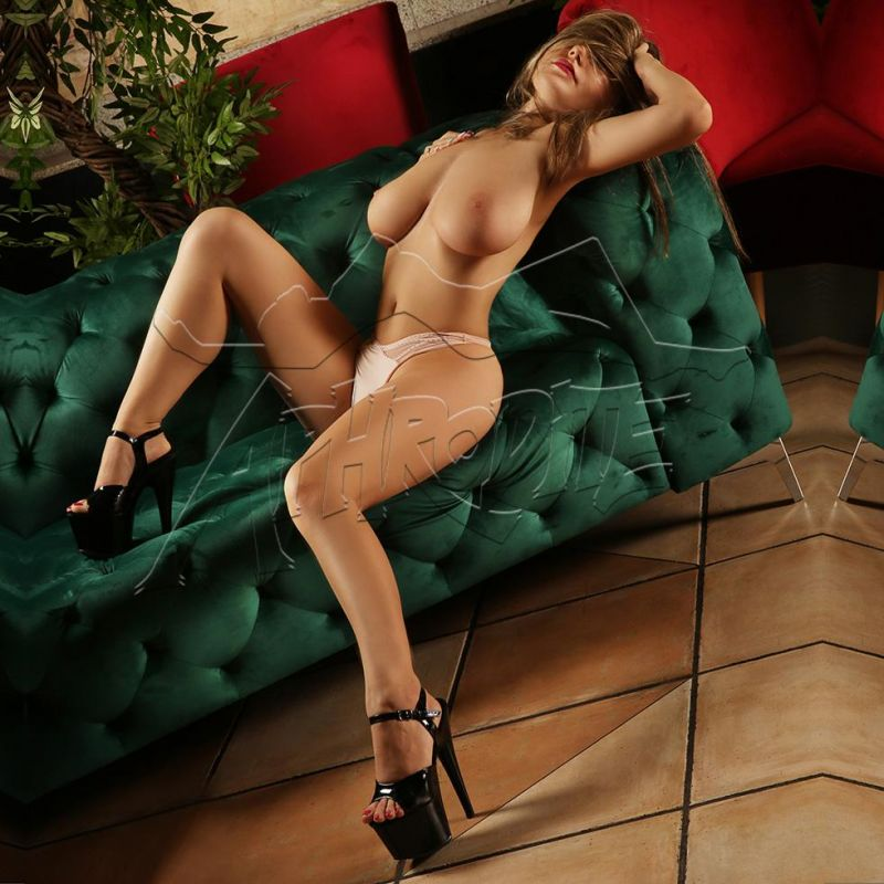 Club Aphrodite – Anabell
